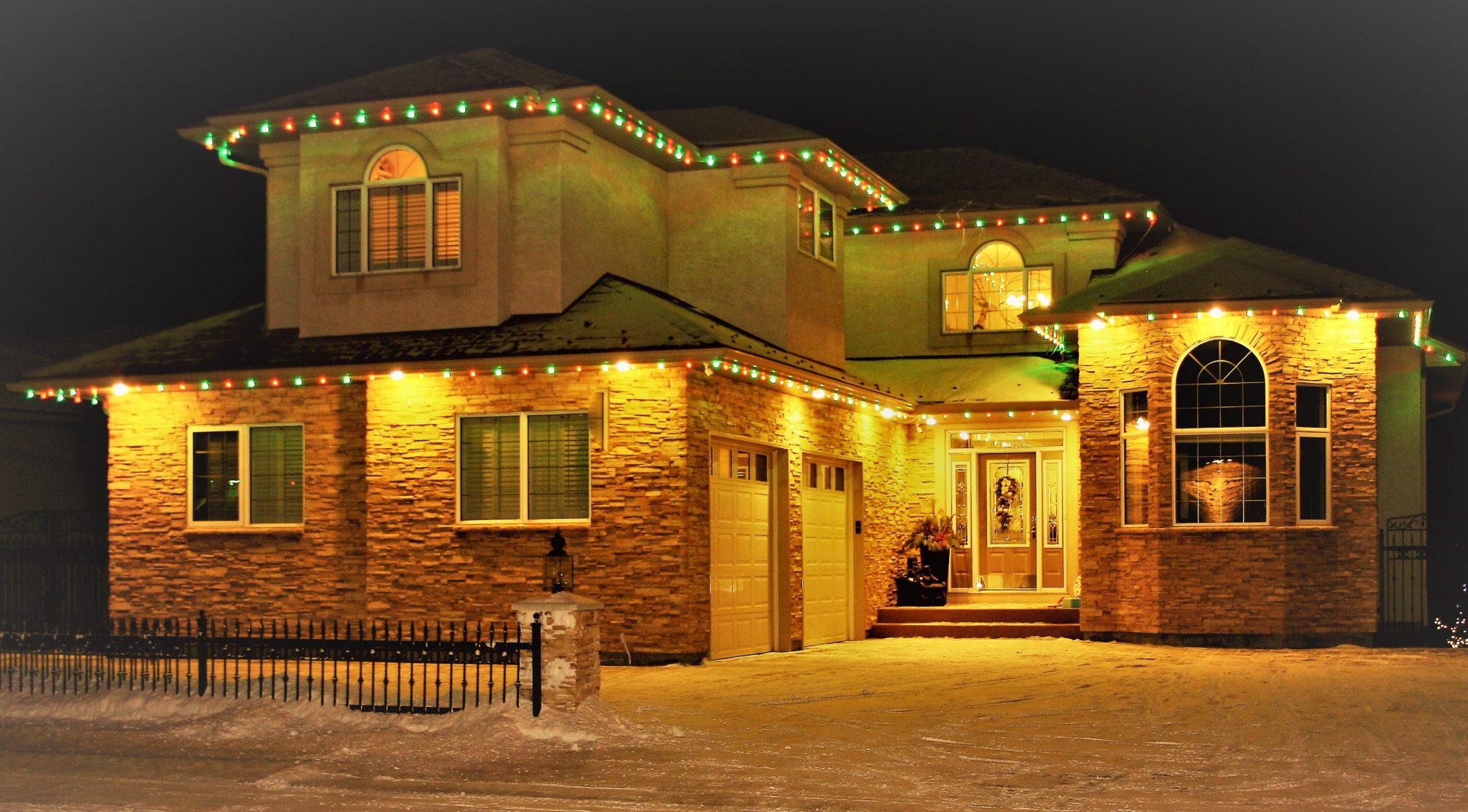 Superior Holiday Lighting